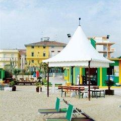 Hotel Gabbiano Римини пляж фото 2
