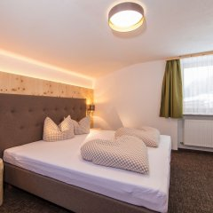 Отель Vizensn Living Австрия, Хохгургль - отзывы, цены и фото номеров - забронировать отель Vizensn Living онлайн комната для гостей фото 5
