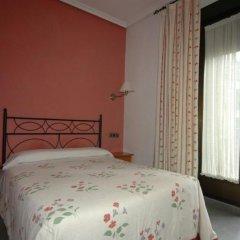 Отель Hostal Ivor комната для гостей фото 2