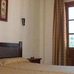 Hotel Galaroza Sierra Галароса комната для гостей фото 4