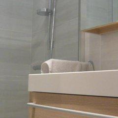 Отель B&B Loft Jamar Gare Du Midi Бельгия, Брюссель - отзывы, цены и фото номеров - забронировать отель B&B Loft Jamar Gare Du Midi онлайн ванная