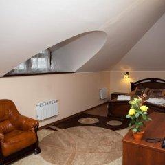 Гостиница Бурлак в Рыбинске отзывы, цены и фото номеров - забронировать гостиницу Бурлак онлайн Рыбинск комната для гостей фото 3
