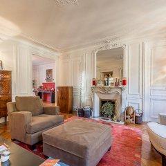 Отель We Stay - Arc de Triomphe 75017 Франция, Париж - отзывы, цены и фото номеров - забронировать отель We Stay - Arc de Triomphe 75017 онлайн комната для гостей фото 2