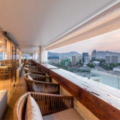 Oakwood Hotel Journeyhub Phuket балкон