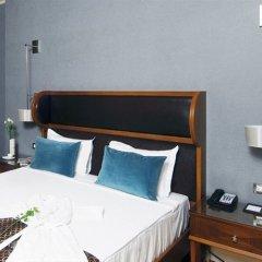 Отель Titanic Business Kartal сейф в номере