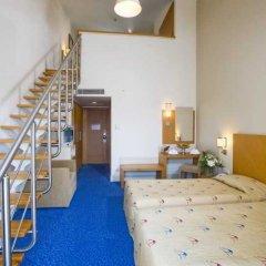 Отель Crystal Admiral Resort Suites & SPA – All Inclusive Ченгер комната для гостей