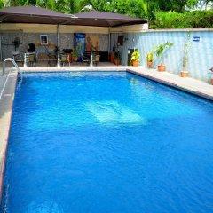 Parkview Astoria Hotel бассейн