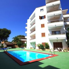 Отель Marina Palmanova Apartamentos бассейн