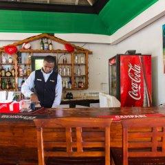 Апартаменты Paradise Beach Studio At Montego Bay Club гостиничный бар