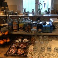 Отель Crown Bed and Breakfast Amsterdam развлечения