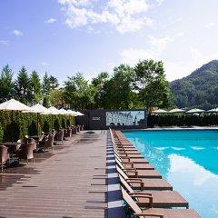 Отель Kensington Hotel Pyeongchang Южная Корея, Пхёнчан - 1 отзыв об отеле, цены и фото номеров - забронировать отель Kensington Hotel Pyeongchang онлайн бассейн