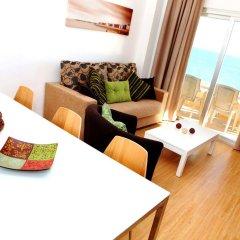 Отель Apartamentos Vega Sol Playa Испания, Фуэнхирола - отзывы, цены и фото номеров - забронировать отель Apartamentos Vega Sol Playa онлайн комната для гостей фото 2