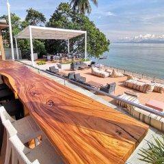 Отель Prana Resort Samui гостиничный бар