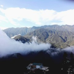 Mountain Clouds Sapa Hostel Шапа приотельная территория