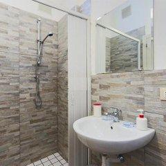 Отель Galles Римини ванная фото 2