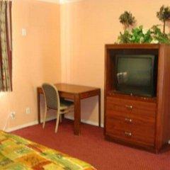 Отель Travel Inn США, Лос-Анджелес - отзывы, цены и фото номеров - забронировать отель Travel Inn онлайн фото 2
