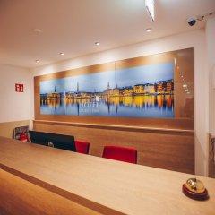 Отель Luckys Inn GmbH Германия, Гамбург - отзывы, цены и фото номеров - забронировать отель Luckys Inn GmbH онлайн гостиничный бар