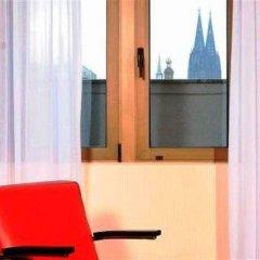 Отель AZIMUT Hotel Cologne Германия, Кёльн - 13 отзывов об отеле, цены и фото номеров - забронировать отель AZIMUT Hotel Cologne онлайн удобства в номере фото 2