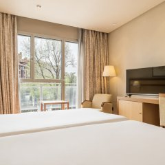 Отель Ilunion Alcala Norte Мадрид комната для гостей фото 3