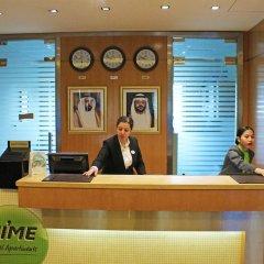 Отель TIME Ruby Hotel Apartments ОАЭ, Шарджа - 1 отзыв об отеле, цены и фото номеров - забронировать отель TIME Ruby Hotel Apartments онлайн интерьер отеля фото 3