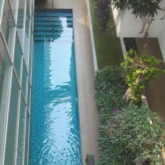 Отель Nantra Ploenchit Бангкок бассейн