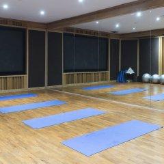 Отель Rawi Warin Resort and Spa фитнесс-зал фото 4