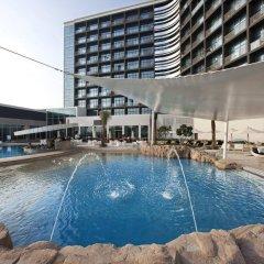 Отель Yas Island Rotana бассейн фото 2
