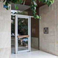 Отель UPSTREET Charming & Comfy 2BD Apt-Acropolis Афины вид на фасад