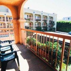 Отель Solaire Los Angeles США, Лос-Анджелес - 2 отзыва об отеле, цены и фото номеров - забронировать отель Solaire Los Angeles онлайн балкон