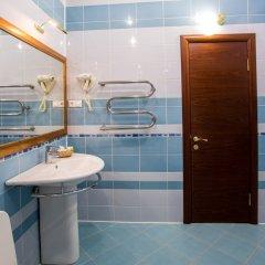 Гостиница Марафон в Липецке 2 отзыва об отеле, цены и фото номеров - забронировать гостиницу Марафон онлайн Липецк ванная фото 2