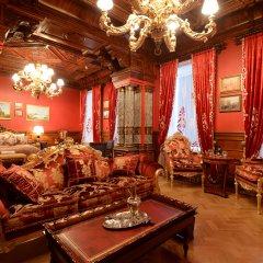 Гостиница Trezzini Palace в Санкт-Петербурге 9 отзывов об отеле, цены и фото номеров - забронировать гостиницу Trezzini Palace онлайн Санкт-Петербург интерьер отеля