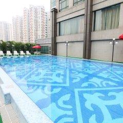 Отель Guangzhou Grand International Hotel Китай, Гуанчжоу - 8 отзывов об отеле, цены и фото номеров - забронировать отель Guangzhou Grand International Hotel онлайн бассейн фото 3