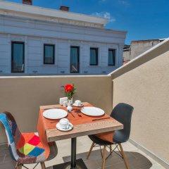 Aybar Hotel Турция, Стамбул - 11 отзывов об отеле, цены и фото номеров - забронировать отель Aybar Hotel онлайн балкон
