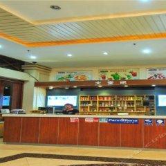 Sanya Xinhai Sunshine Hotel гостиничный бар