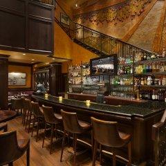 Отель Le Soleil by Executive Hotels Канада, Ванкувер - отзывы, цены и фото номеров - забронировать отель Le Soleil by Executive Hotels онлайн гостиничный бар