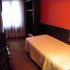 Отель Monte-Carlo Франция, Париж - 11 отзывов об отеле, цены и фото номеров - забронировать отель Monte-Carlo онлайн удобства в номере