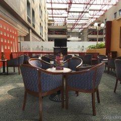 Отель Fiesta Inn Tlalnepantla Тлальнепантла-де-Бас гостиничный бар