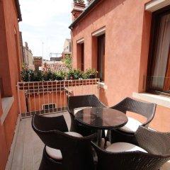 Отель A La Commedia Венеция балкон