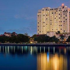Sheraton Hanoi Hotel пляж