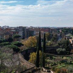 Отель Domus Sessoriana Италия, Рим - 12 отзывов об отеле, цены и фото номеров - забронировать отель Domus Sessoriana онлайн балкон