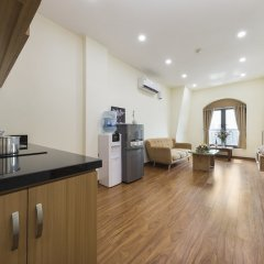 Апартаменты Granda Quan Hoa Apartment в номере фото 2