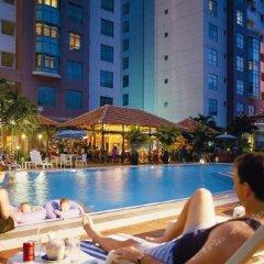 Отель Somerset Ho Chi Minh City бассейн фото 2