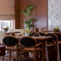 Dusit Residence Dubai Marina Hotel гостиничный бар
