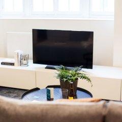 Апартаменты Sweet Inn Apartments Van Orley комната для гостей фото 5
