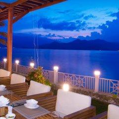 Отель MerPerle Hon Tam Resort бассейн