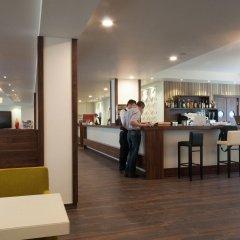 Отель Motel Plus Berlin гостиничный бар