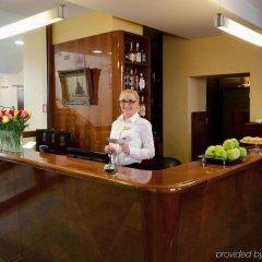 Отель Wolne Miasto - Old Town Gdansk Польша, Гданьск - 4 отзыва об отеле, цены и фото номеров - забронировать отель Wolne Miasto - Old Town Gdansk онлайн интерьер отеля