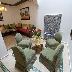 Отель Dar Yasmine Марокко, Танжер - отзывы, цены и фото номеров - забронировать отель Dar Yasmine онлайн интерьер отеля