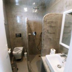 Отель Romani Studios Perissa Греция, Остров Санторини - отзывы, цены и фото номеров - забронировать отель Romani Studios Perissa онлайн ванная