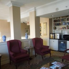Отель Embassy Inn комната для гостей фото 2